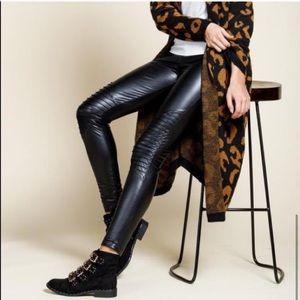 Mottoshop vegan leather black leggings